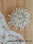 Large snowflake brooch. x 1 (metal)