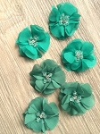 Small beaded flower. x1 Green