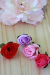 Small silk rose heads x 5