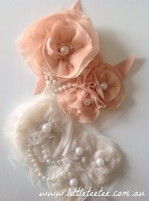 Chiffon applique - 'Poppies & pearls'. Caramel
